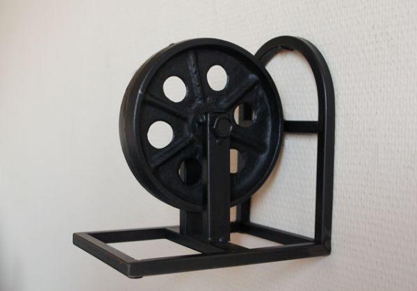 Buchstütze Metall Recycling Rad Industrie Design