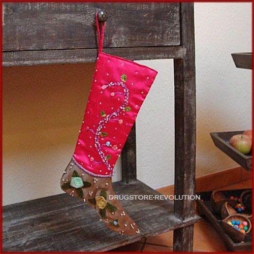 Reich bestickter Weihnachtsstrumpf Nikolausstiefel Pink mit Perlen